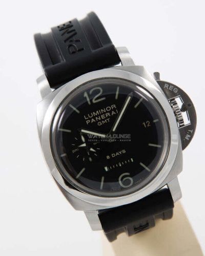 Panerai_Luminor_1